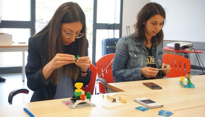 Due partecipanti al workshop LSP