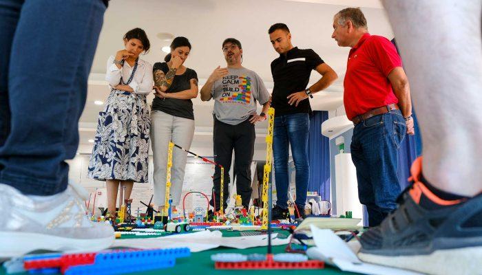 Certificazione LEGO SERIOUS PLAY - Palermo - Osservare il sistema